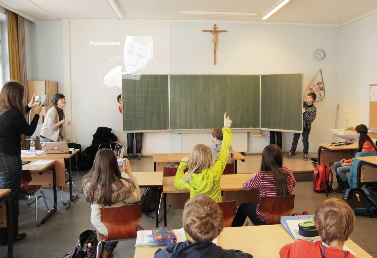 IMG_0985-Pantomime-Schulklasse